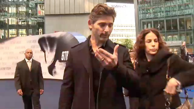 STAR TREK XI Premiere – Eric Bana Interview