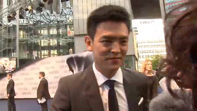 STAR TREK XI Premiere – John Cho Interview